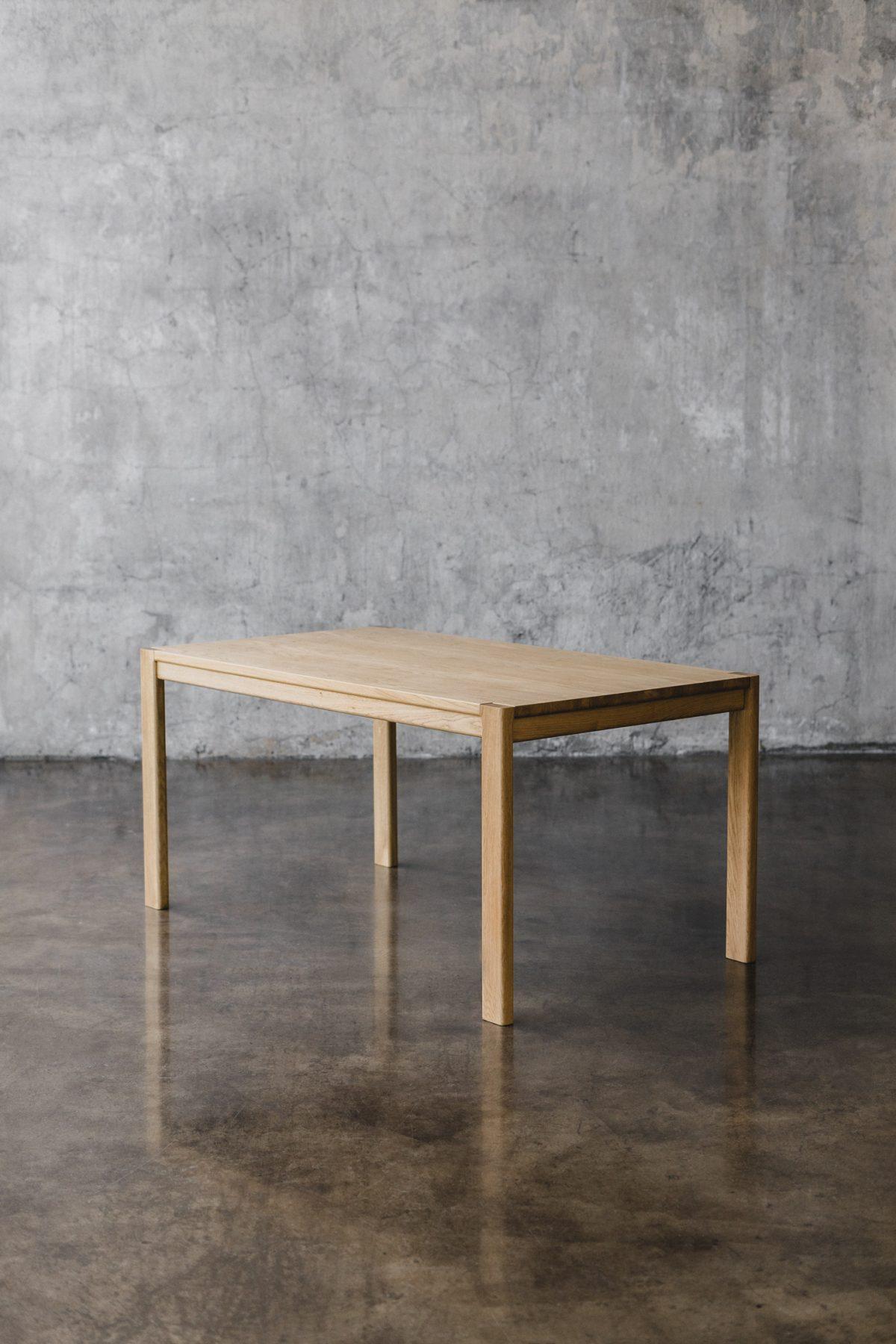 Stół MUSE